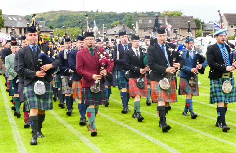 march to the field, Oban 2017