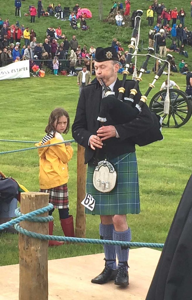 Allan Russell competing at the 2015 Atholl Gathering.