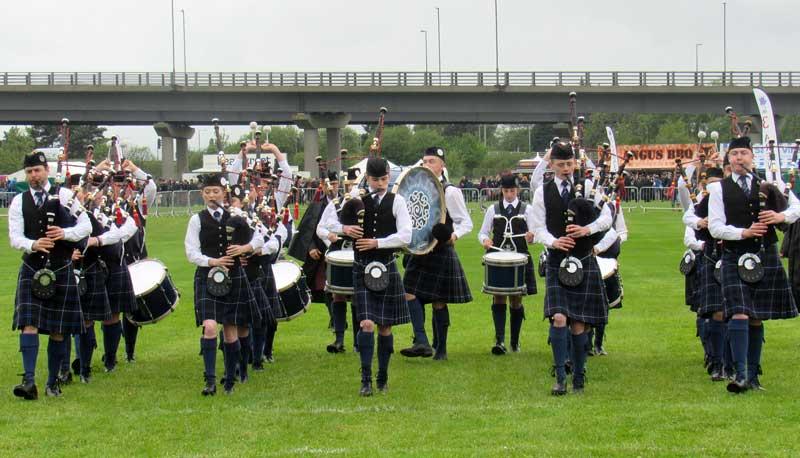 Niall stewart's Lochalsh Juniors march into the circle last Saturday.