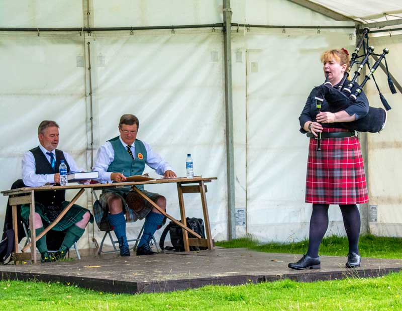 Gill Cairns competing at Inveraray in 2016.