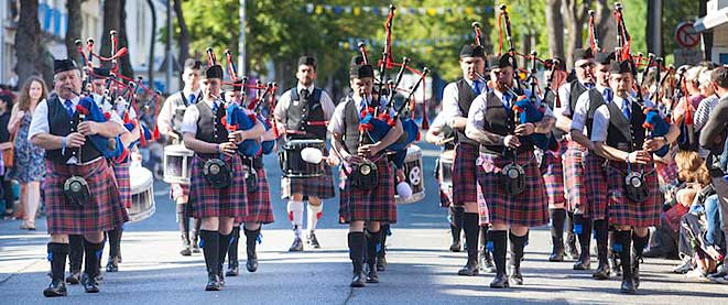 Methil Pipe Band taking part in the Grande Parade last year.