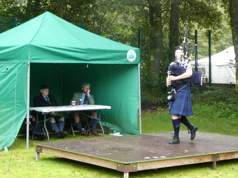 Sarah Muir competing in the A Grade March at Oban earlier today.