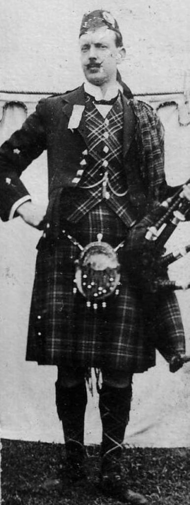 William MacLean (1876–1957) was a pupil of Calum Piobaire and won all the major prizes of the early 1900s. He became Pipe Major of The 5th Cameron (Lochiel) Highlanders during the First World War.