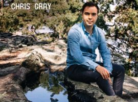 Iain MacInnes reviews Chris Gray eponymous CD