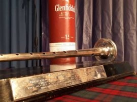 "The online Silver Chanter: ""Just a different kind of pressure"""