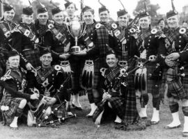 Famous pipe bands: Clan MacRae
